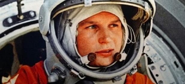 Celebración del 50 aniversario de la primera mujer en el espacio.